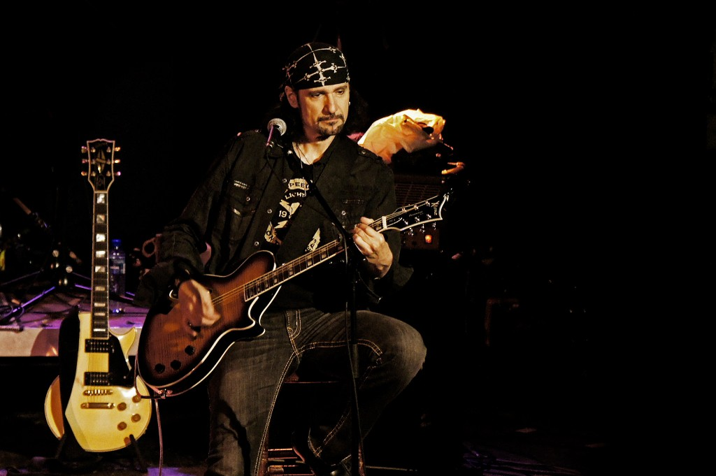 Bruce Kulick, Corabi Kulick Unplugged