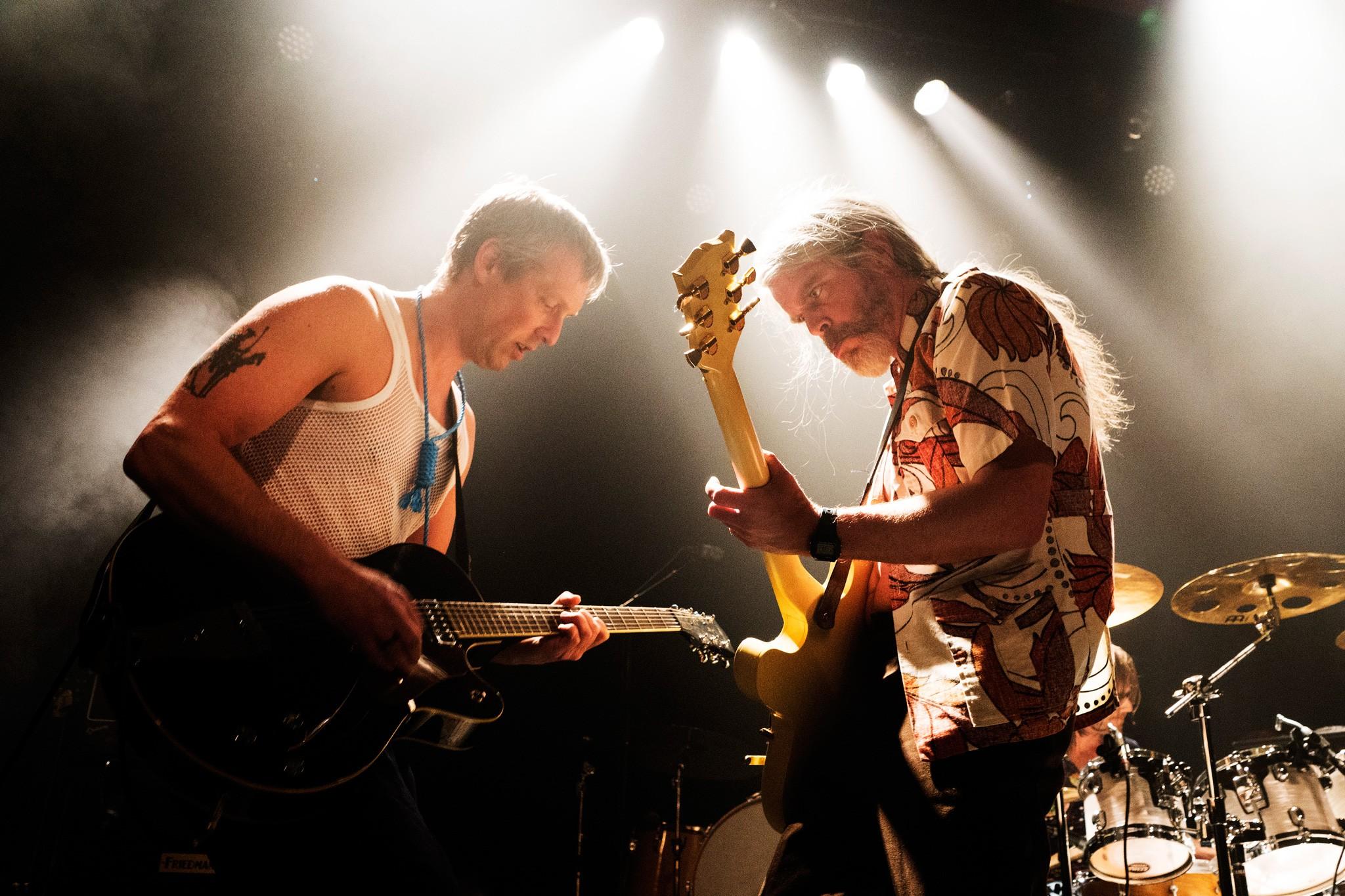 Harald Hegerberg & Lars Lønning, De Sørgelige Restene