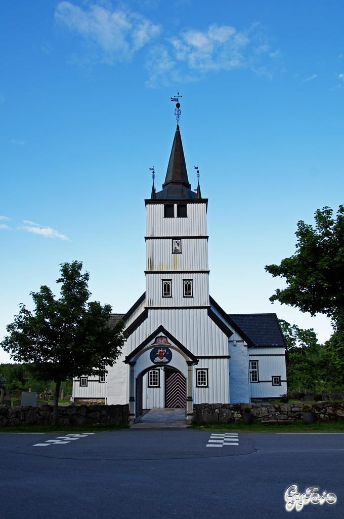 Holt Kirke 1100's